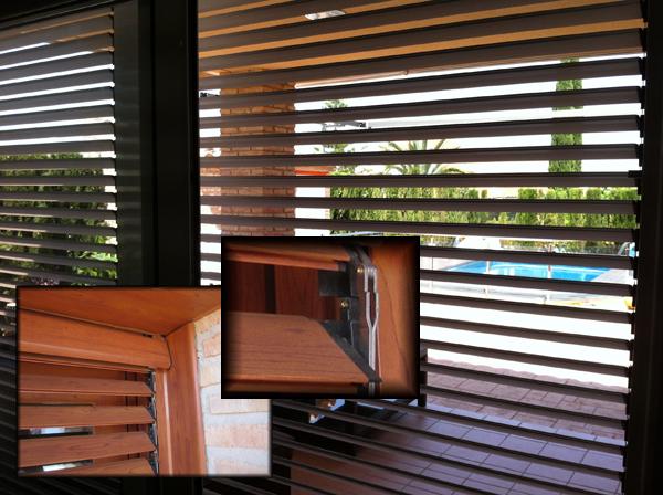 Persianas enrollables de lamas orientables para exterior for Precios de ventanas con persianas